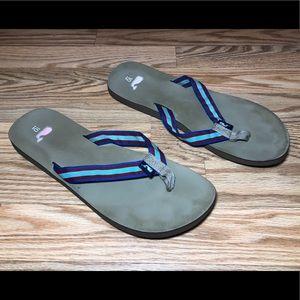 Vineyard Vines Flip Flops Women's 10 Tan w/Blue